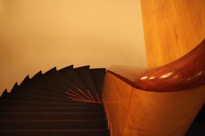 アートな階段.jpg