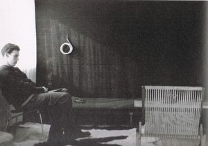 Poul Kjærholm at home with PK25 prototype.jpg