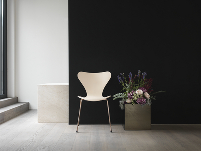 5707_Fritz Hansen_s Choice 2017 Series 7_.jpg