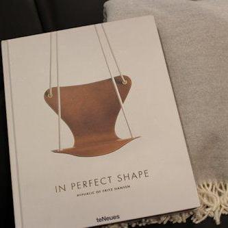 COFFE TABLE BOOK -IN PERFECT SHAPE-
