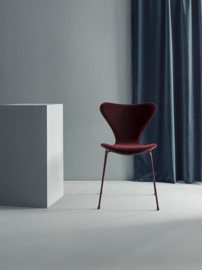 7489_lala Berlin x Republic of Fritz Hansen.jpg