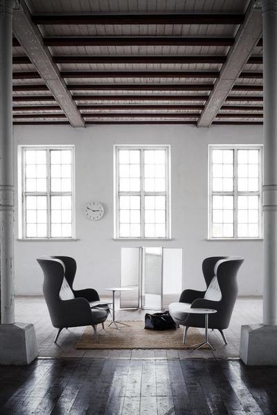 7206_Ro Sofa - Warm grey.jpg