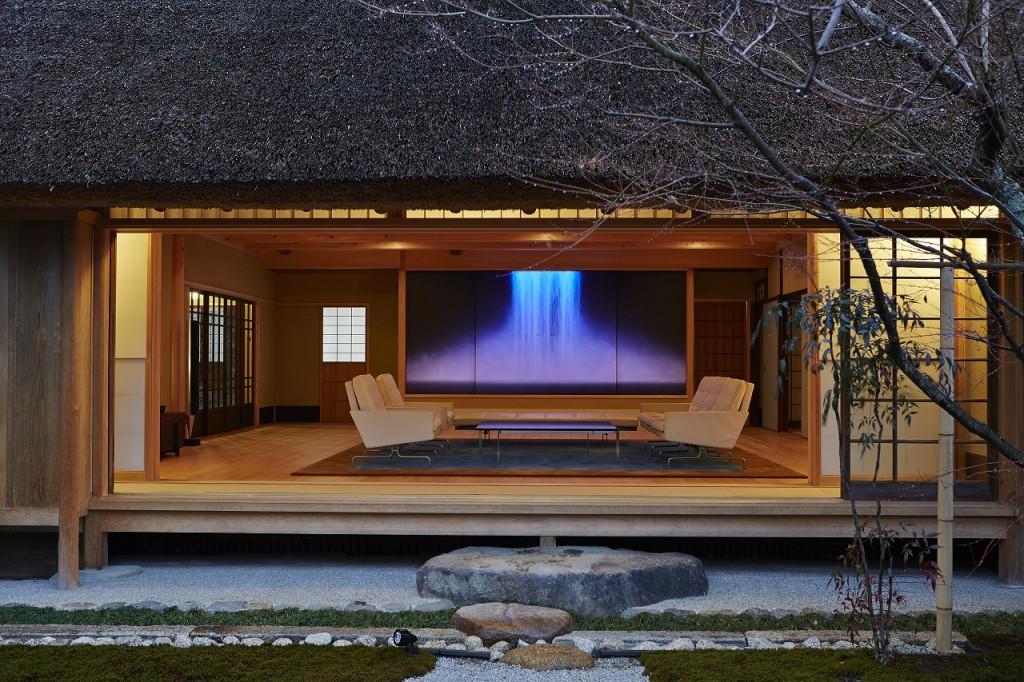 和風建築とポール・ケアホルムの家具のマッチング