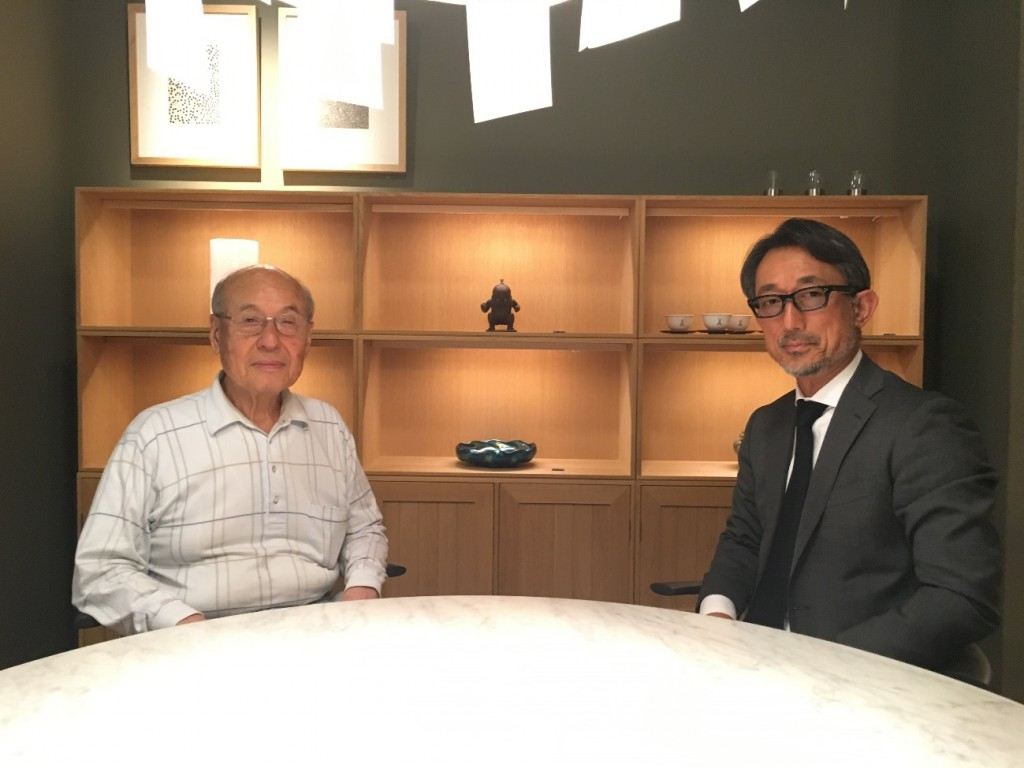 (左) 株式会社五反田製作所グループ代表取締役 宮本茂紀さん (右)株式会社KEIZO 代表 砂原啓三