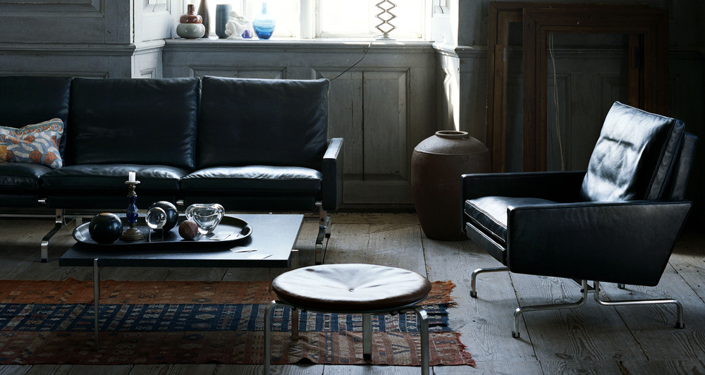 PK31 sofa series with PK61A coffee table and PK33 stool. All designed by Poul Kjærholm.