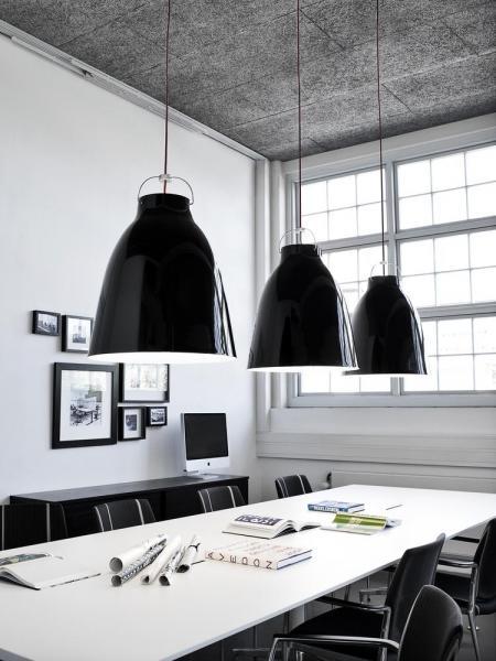 6815_Caravaggio P4 Black - Install. 40459 - 300dpi.jpg.jpg