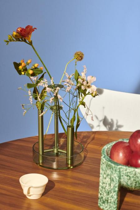 14389_Ikeru High vase.jpg