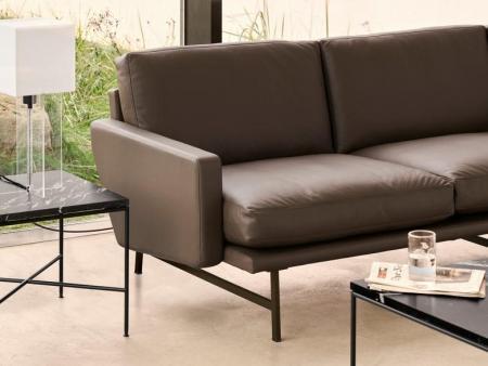 17819_Planner Coffee Table - MC330EDIT.jpg