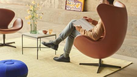 17780_Planner Coffee Table - Egg_ and Swan_.jpg